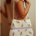 Levendula virágos válltáska  , Táska, Ékszer, óra, Ruha, divat, cipő, Válltáska, oldaltáska, Varrás, Patchwork, foltvarrás, Saját tervezésű,kivitelezésű darab! Romantikus levendula mintás táska. Nagyon szép könnyed,romantik..., Meska