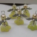 Angyalka - 5 db-os csomag - citrom, Dekoráció, Otthon, lakberendezés, Karácsonyi, adventi apróságok, Ünnepi dekoráció, Gyöngyfűzés, Ékszerkészítés, Akryl virágból, teklagyöngyből, filigrán gyöngykupakból és tibeti ezüst alkatrészből készült édes k..., Meska