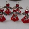 Angyalka - 5 db-os csomag - piros, Dekoráció, Otthon, lakberendezés, Karácsonyi, adventi apróságok, Ünnepi dekoráció, Gyöngyfűzés, Ékszerkészítés, Akryl virágból, teklagyöngyből, filigrán gyöngykupakból és tibeti ezüst alkatrészből készült édes k..., Meska