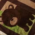 Erdei állatkás gyerektakaró , Baba-mama-gyerek, Otthon, lakberendezés, Gyerekszoba, Falvédő, takaró, Varrás, Patchwork, foltvarrás,  Kedves erdei állatokkal díszített gyerektakaró. A takaró segít az állatok nevének megtanulásában és..., Meska