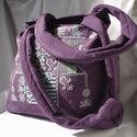 Gyönyörű lila beregi keresztszemes mintával díszített táska, Táska, Válltáska, oldaltáska, Szatyor, Hímzés, Varrás, Nagy méretű, takácsvászon válltáska, oldalán nagy méretű beregi keresztszemes minta alapján terveze..., Meska