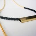 Arany fekete nyaklánc, Ékszer, óra, Ékszerkészítés, A nyakláncot aranyszínű láncból, matt aranyszínű köztes elemből és fekete cseh üveggyöngyből készít..., Meska