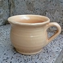 Robosztus kerámia csésze, Dekoráció, Férfiaknak, Konyhafelszerelés, Bögre, csésze, Kerámia, Vastag falú, robosztus kőagyag csésze. Jól tartja a hőt, valamint gázra is rá lehet tenni. Bézs szí..., Meska