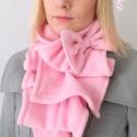 Rózsaszín sál kámzsa körsál masni, Ruha, divat, cipő, Kendő, sál, sapka, kesztyű, Sál, Varrás, Rózsaszín sál masnival  Rózsaszín pihe-puha polar anyagból készítettem ezt a sálat, ami őszi hangul..., Meska