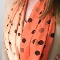 Narancssárga beige körsál  kendő sál , Ruha, divat, cipő, Kendő, sál, sapka, kesztyű, Kendő, Sál, Varrás, Nőiesség a köbön..... Ez a  színátmenetes pöttyös sál kiemeli nőiességedet, a színei jól hatnak az ..., Meska