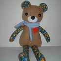 Borzas, a medve, Baba-mama-gyerek, Játék, Játékfigura, Plüssállat, rongyjáték, Baba-és bábkészítés, Varrás, Kézzel varrtam ezt a pihe-puha macit. Teste polár és vidám vászon anyag. Szeme gomb, orrocskája pol..., Meska