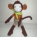 Turbolya maki, Dekoráció, Játék, Játékfigura, Plüssállat, rongyjáték, Baba-és bábkészítés, Varrás, Egyedi, kézzel és géppel varrt majmocska. Igazi játszó és alvótárs, de polcon csücsülve is nagyon k..., Meska