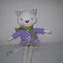 AKCIÓ!-20%Fázós Borostyán cica(öltöztethető), Baba-mama-gyerek, Játék, Játékfigura, Plüssállat, rongyjáték, Egyedi, kézzel és géppel varrt cica lány. Igazi hurcolhatós, játszó és alvótárs. Arca rávarrt, hímze..., Meska