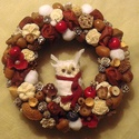 Baglyos kopogtató, Dekoráció, Karácsonyi, adventi apróságok, Ünnepi dekoráció, Karácsonyi dekoráció, Virágkötés, Nekem nagyon megtetszett ez a helyes kis bagoly, ezért ráültettem erre a kopogtatóra.  A szalma ala..., Meska