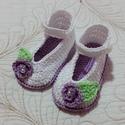 Horgolt Baba cipő, Baba-mama-gyerek, Ruha, divat, cipő, Baba-mama kellék, Cipő, papucs, Horgolás,  Horgolt babacipő.Alkalmas babakocsi cipőnek,fotózáshoz,keresztelőre.Talpméret 10 cm.Kisebb -nagyob..., Meska