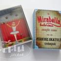 Cirkusz skatulya Mirabella - türelemjáték, Játék, Képzőművészet , Baba-mama-gyerek, Készségfejlesztő játék, Baba-és bábkészítés, Papírművészet, A csomag tartalmából az instrukciók követésével egy türelemjáték készíthető el. Az elkészítéséhez o..., Meska
