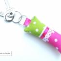 PINK ZÖLD pöttyös kulcstartó, Mindenmás, Kulcstartó, Varrás, Pink és zöld pöttyös kulcstartó, csipkével, szalaggal díszítve. A mérete 4cm*10cm.   Többféle, válo..., Meska