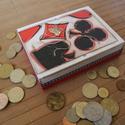 Szerencselovagoknak.... :-), Férfiaknak, Játék, Társasjáték, Hagyományőrző ajándékok, Decoupage, szalvétatechnika, Festett tárgyak, Ez a kártyatartó játékos kedvű hölgyeknek vagy uraknak készült. :-) 2 pakli francia kártya, illetve..., Meska