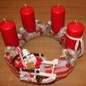 Adventi koszorú, szánkóval. :-), Dekoráció, Karácsonyi, adventi apróságok, Ünnepi dekoráció, Karácsonyi dekoráció, Virágkötés, Adventi koszorú a Karácsony színeivel.  Díszítsd vele otthonod, vagy ajándékozd valakinek, akit sze..., Meska