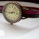 Órakarkötő, karkötő óra kávébarna/marsala (bordó) színű kézzel festett bőrszíjon, Ékszer, óra, Karóra, óra, Ékszerkészítés, Bőrművesség, Különleges óra bronz színű foglalatban. Kézműves, kávébarna és bordó színű kézzel festett lapos mar..., Meska