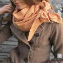 Masnis lányka......-Narancs körsál, Ruha, divat, cipő, Kendő, sál, sapka, kesztyű, Sál, Kendő, Varrás, Egy kis masni, hogy bájosan romantikus légy!  Visszafogott narancs anyagból készült körsál, amelyet..., Meska