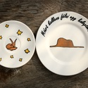 Kis herceg kávéskészlet, étkészlet, Konyhafelszerelés, Baba-mama-gyerek, Bögre, csésze, Festett tárgyak, A készlet egy kávéscsészét (2,2 dl), egy csészealjat (14 cm) és egy kistányért (19 cm) tartalmaz.  ..., Meska