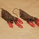 """""""Cseresznyéskert"""" - vörösréz domborított fülbevaló , Ékszer, óra, Fülbevaló, Ékszerszett, Ékszerkészítés, Fémmegmunkálás, Cseresznyepiros, dárda alakú; valamint apró bronz csepp gyöngyöket használtam a fülihez. Alapja szi..., Meska"""