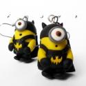 Batman minion, Ékszer, óra, Mindenmás, Fülbevaló, Ékszerkészítés, Mindenmás, Itt az ősz, a halloween. Kicsi minionjaim is ennek megfelelőn öltözködtek.  Batman jelmezbe bújt mi..., Meska