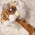Forever csokor by Made in Spirit, Esküvő, Esküvői dekoráció, Esküvői csokor, Mindenmás, Szatén és csipke szalagokból, arany, ekrü, csoki barna, pezsgő színű, hófehér és szürke színű rózsá..., Meska