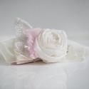 Virág karkötő gyöngyökkel , Ékszer, óra, Esküvő, Esküvői ékszer, Karkötő, Varrás, Csavart rózsával és gyöngyökkel díszített karszalag . Szívesen elkészítem az általad megálmodott sz..., Meska