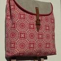 Piros-natúr hátizsák, Táska, Hátizsák, Varrás, Bútorszövetből és bútorvászonból készült tágas hátizsák a természetesség jegyében.  A merevítő bélé..., Meska