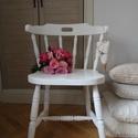 Vintage szék, Bútor, Szék, fotel, Festett tárgyak, Tölgy színű széket festettem, viaszoltam. A képen korábbi alkotások láthatók, de kérésre tetszőlege..., Meska