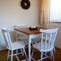 Vintage, provence étkező: asztal négy székkel, Bútor, Asztal, Szék, fotel, Festett tárgyak, 4 személyes, vintage stílusú étkező. Hófehér, színre fújt székekkel, és asztallábbal, dió lazúrral ..., Meska