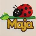 Katicabogár névtábla, Dekoráció, Baba-mama-gyerek, Dísz, Falmatrica, Varrás, Kis katicabogár várja leendő kis gazdáját :)  Kérhető más névvel és színben is :)  Mérete:15 x 19 c..., Meska