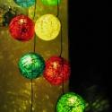 Színes lámpafüzér, Dekoráció, Otthon, lakberendezés, Karácsonyi, adventi apróságok, Karácsonyi dekoráció, Mindenmás, Sorban felfűzött, kézzel készített gömb alakú lámpabúrák téli, karácsonyi, színes hatással. Tarka, ..., Meska