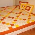 Romantikus ágytakaró , Otthon, lakberendezés, Lakástextil, Varrás, Patchwork, foltvarrás, Gyönyör? patchwork ágytakaró apró virágokkal, narancs-citrom színekkel. Alapanyaga 100% pamut, a há..., Meska