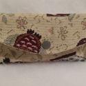 Baglyos zsepkendőtartó, Táska, Pénztárca, tok, tárca, Zsebkendőtartó, Varrás, Zsebkendő tartók Anyaguk gobelin hatású textil, amit közbéléssel erősítettem meg tartásuk miatt. Be..., Meska