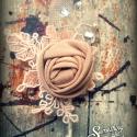 Vőlegény kitűző ELADVA, de rendelhető! , Esküvő, Férfiaknak, Virágkötés, Keményített csipkével, a márkára jellemző rózsával, és bármivel feldobva, hogy passzoljon a Nagy Nap..., Meska