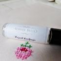 Rózsák királynője roll-on aromaterápiás parfüm., Szépségápolás, Kozmetikum, Szappan, tisztálkodószer, A rózsa és levendula illóolajokkal készült termék feldobja a hangulatod és virágos mezőkre röpíti a ..., Meska