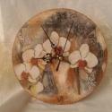 Orchideás óra, Dekoráció, Otthon, lakberendezés, Falióra, Dísz, Decoupage, szalvétatechnika, Antikolt, decoupage technikával díszített falióra. Orchidea mintás, a romantika kedvelőinek.  Ceruz..., Meska