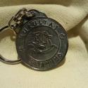 Fém kulcstartó 17, Férfiaknak, Mindenmás, Kulcstartó, Galvano plasztikával készített fém kulcstartó,hátsó oldalon a mintát kísérő szöveggel. mérete:4,5cm..., Meska