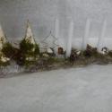 Természetes Advent, Dekoráció, Karácsonyi, adventi apróságok, Mindenmás, Otthon, lakberendezés, Virágkötés, Fa alapra készült ez az adventi asztaldísz, melynek díszítéséhez faforgács kúpokat, drótot, termése..., Meska