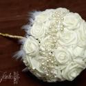 Gyöngyös ékszercsokor, Esküvő, Esküvői csokor, Virágkötés, Ékszerkészítés, A csokor nagyjából 30 db rózsából készül, tetszőleges színben  A csokor szára tetszőleges dísszel k..., Meska