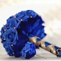 Gyöngyös menyasszonyi ékszercsokor királykék-csokoládé, Esküvő, Esküvői csokor, Virágkötés, Egyedi elképzelés alapján készült királykék habrózsa ékszercsokor csokibarna gyöngyökkel  A csokor ..., Meska