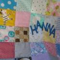 Hanna takarója, Baba-mama-gyerek, Gyerekszoba, Falvédő, takaró, Varrás, Patchwork, foltvarrás, Rendelésre készült, ajándékba is adható ez a vidám, kedves patchwork gyerektakaró, melyet színes, m..., Meska