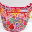 Pink mintás nagyméretű, vagy pelenkázó táska, Ruha, divat, cipő, Táska, Női ruha, Varrás, Nagyméretű, keresztben is hordható táska, ami pelenkázó táskának is alkalmas. Magassága: 32 cm, szé..., Meska