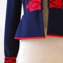 Tulipános gyapjú kabátka, Ruha, divat, cipő, Női ruha, Kabát, Varrás, Kashmir gyapjúból készült béleletlen kabátka. Elöl kapcsokkal záródik, ujján összehúzó pánttal. Mér..., Meska
