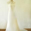 Uszályos menyasszonyi ruha, Esküvő, Ruha, divat, cipő, Esküvői ruha, Női ruha, Varrás, A legszebb természetes tört fehér színű csipkével applikált ruha. A hátát áttört csipke követi. A r..., Meska