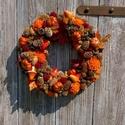 Meseszerű ősz, Dekoráció, Ünnepi dekoráció, Virágkötés, 25 cm- es szalma alapra ragasztottam terméseket, habvirágokat, gombákat kis tököket és leveleket.Ez..., Meska