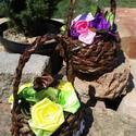 Selyem rózsák kosárban, Esküvő, Otthon, lakberendezés, Papírművészet, Virágkötés, Selyem szalagból készült rózsákat most kiskosárba tettem :)  A rózsák 20-25mm széles szalagból kész..., Meska