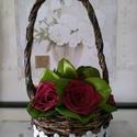 Bordó selyem rózsák kosárban, Esküvő, Otthon, lakberendezés, Papírművészet, Virágkötés, Selyem szalagból készült rózsákat most kiskosárba tettem :)  A rózsák 20mm széles szalagból készüln..., Meska