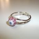 Gyűrű pici millefiori üveggel!, Ékszer, óra, Ékszerszett, Nyaklánc, Gyűrű, Ékszerkészítés, Üvegművészet, Pici virág millefiori üveg csücsül a gyűrűn!  Ezüst színű alapon van ami állítható.  színe: rózsasz..., Meska