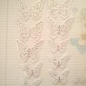 Formacsomag pillangóból, Mindenmás, Papírművészet, 10 db légies pillangó gyöngyházfehér kartonból kivágva. Felhasználhatod saját dolgaid díszítésére, ..., Meska