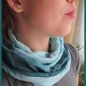 Pasztell kék batikolt körsál, Ruha, divat, cipő, Kendő, sál, sapka, kesztyű, Sál, Varrás, Különleges, batikolt elemekből álló világoskék és perzsakék színekre épülő körsálat készítettem.  M..., Meska
