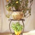 """""""Larissa"""" virágtartó állvány, Dekoráció, Otthon, lakberendezés, Kaspó, virágtartó, váza, korsó, cserép, Fémmegmunkálás, Ez a Dupla polcos kovácsolt vas virágtartó állvány nejem egyik kedvenc darabja. Szép íveivel a laká..., Meska"""